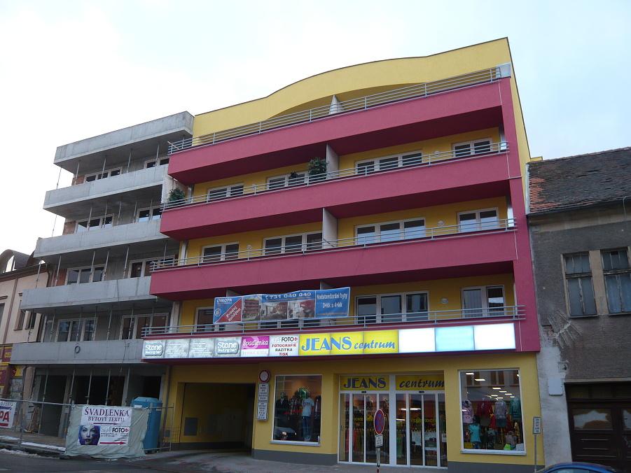 Elektroinstalace - bytový a obchodní dům Benešov