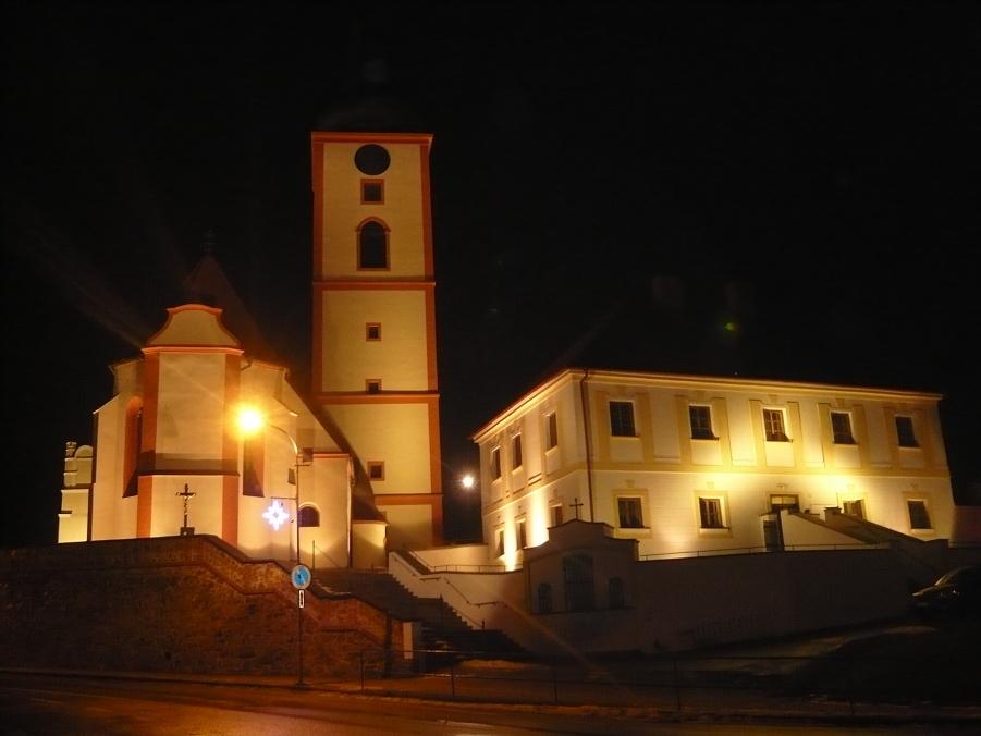 Osvětlení kostela - Povýšení svatého Kříže Veselí nad Lužnicí